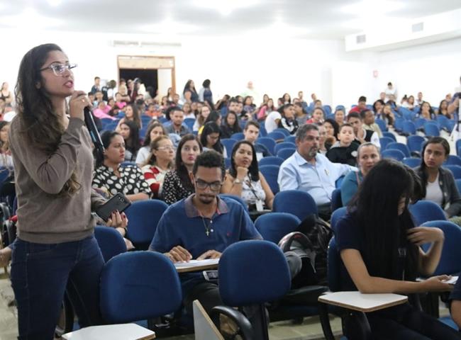 Audiência pública reúne representantes de diversos segmentos para discutir o ensino superior